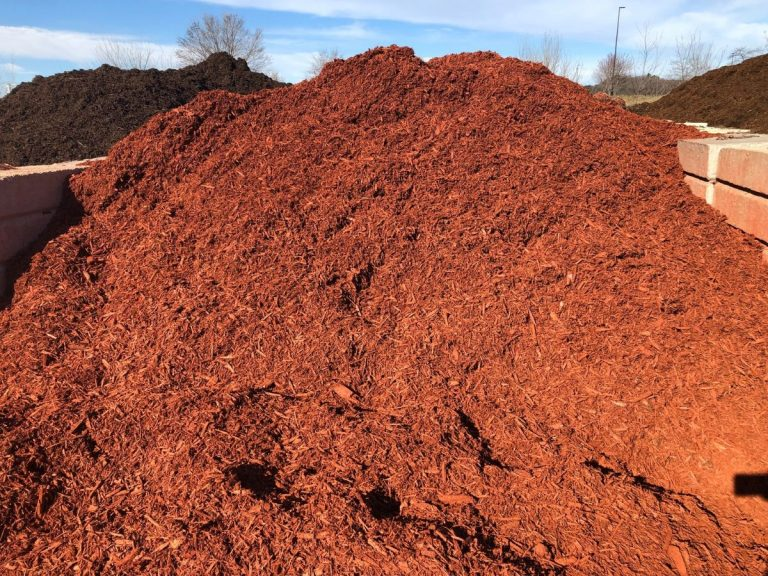 Bulk Red Mulch (1)