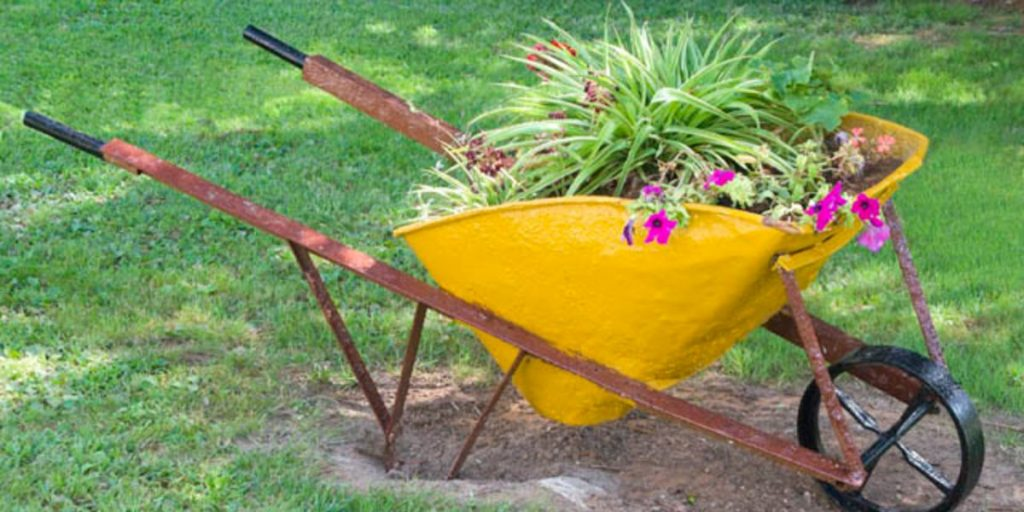 Gardening Mulch Topsoil 640 (1) (1)